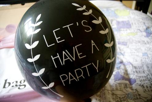 GG Balloon